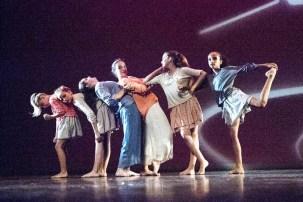 Gala 2016 Danse Contemporaine Ados Le Code de la Route